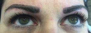 Perfekte Augenbrauen durch Permanent Makeup