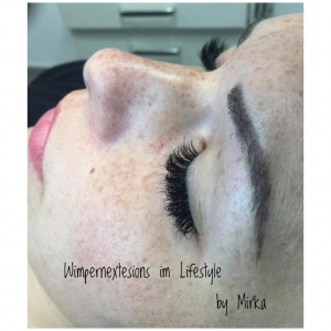 Wimpernextensions im Lifestyle by Mirka