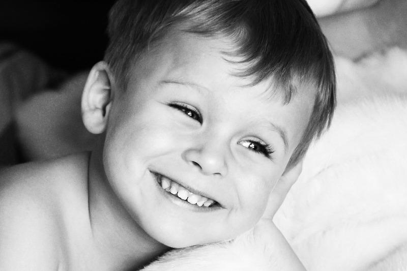Kind beim Fotoshooting